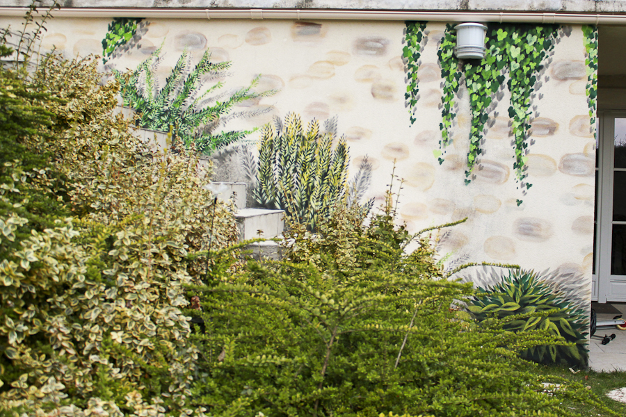 Trompe l oeil mur de jardin ma touche perso d coration for Decoration mur de jardin
